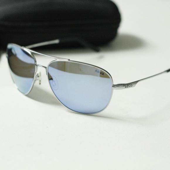 2b179632bed Revo Windspeed RE 3087 03 Aviator Sunglasses. M 5b7235c30cb5aa950bd1b041